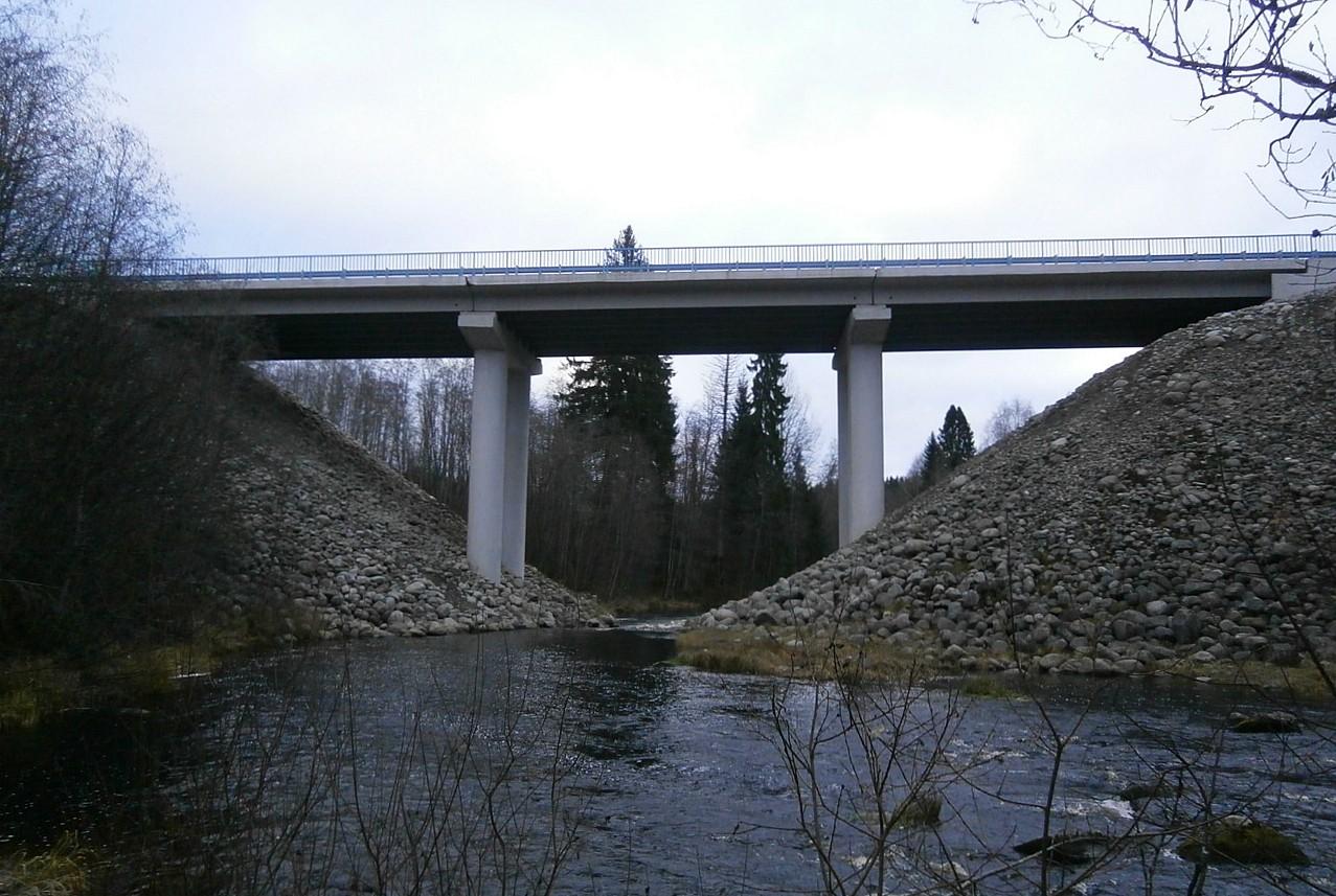 Мостовой переход на автомобильной дороге А-121 «Сортавала»